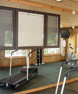 Chicago Exercise Room Mirror Installation