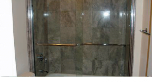 Oak Brook glass shower doors