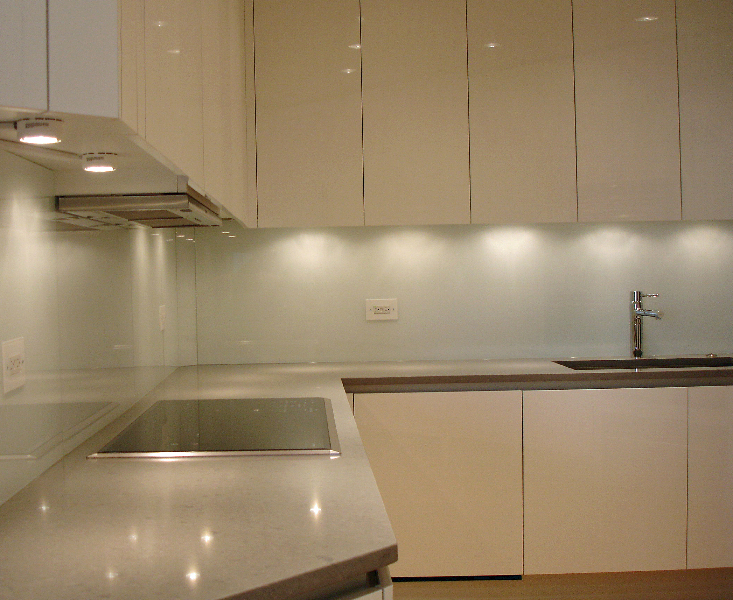 back painted glass kitchen backsplash 17 best back painted glass backsplash homes decor 4357 22917
